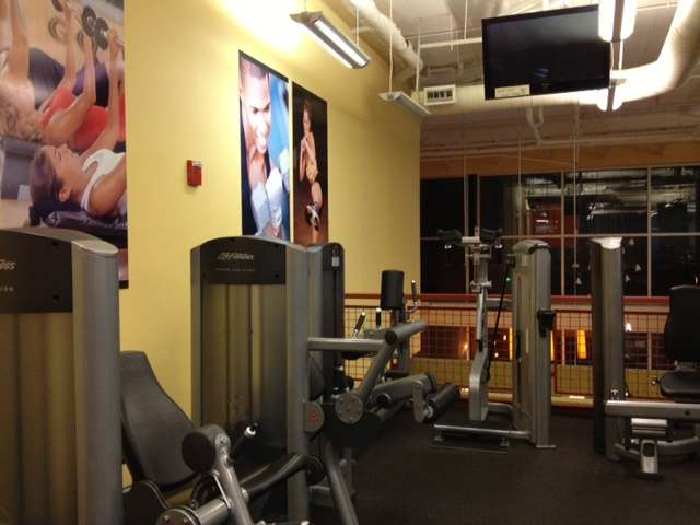 Gold's Gym Rockville