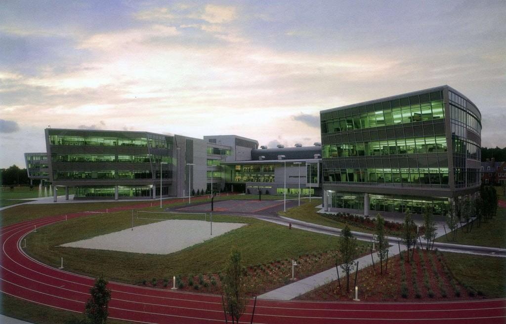 Zxwf9abu Offerta Where Is Reebok Headquarters