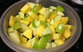 Apple and Pineapple Fruit Salad