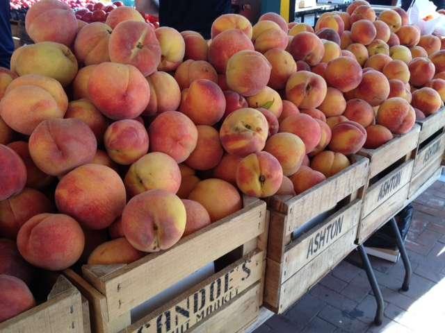 Eastern Market Peaches