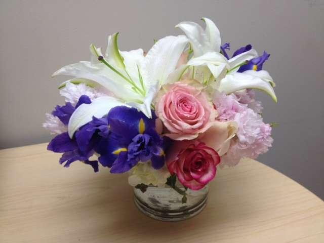gender reveal flowers