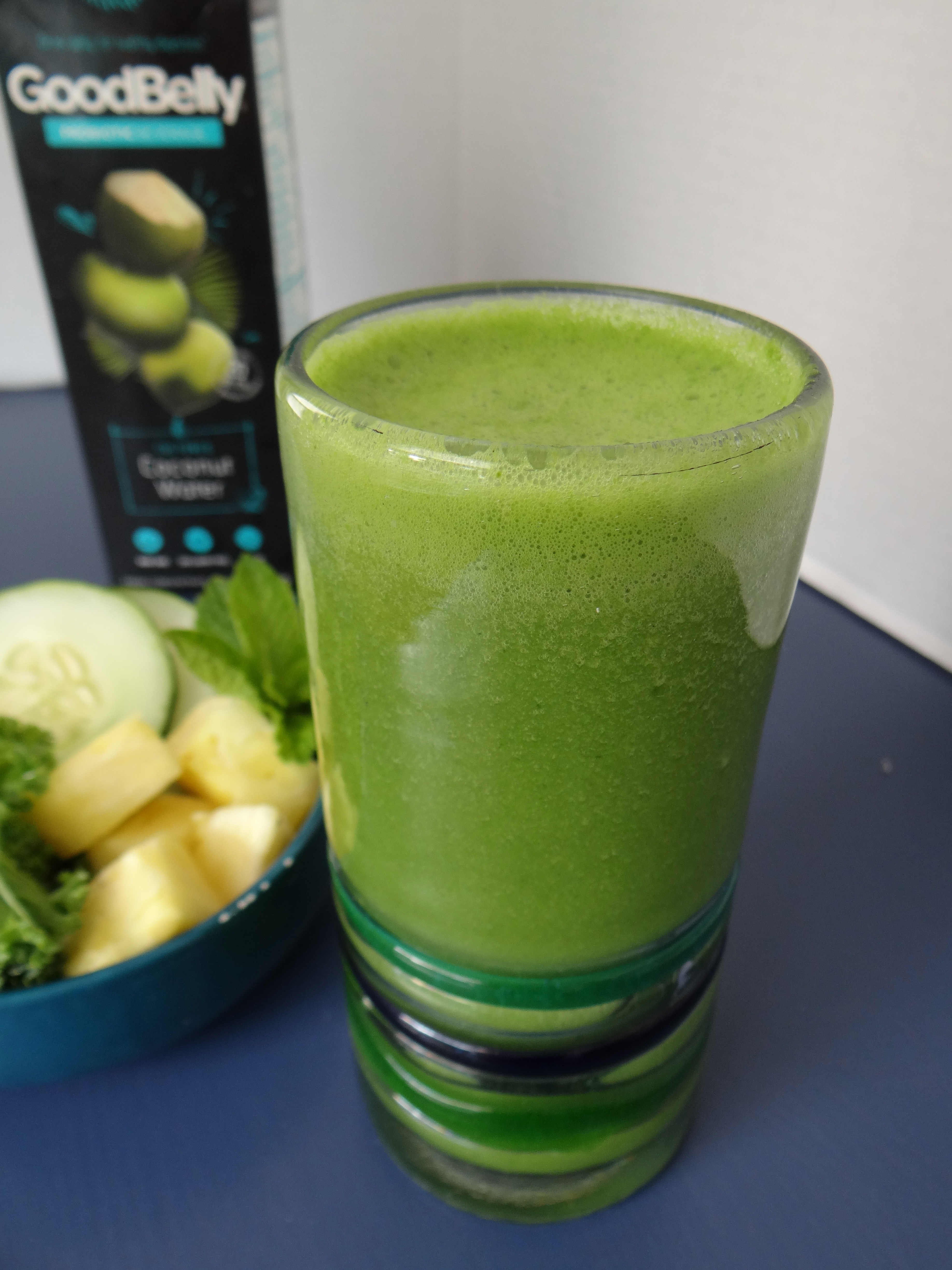 Pineapple Cucumber Kale Smoothie